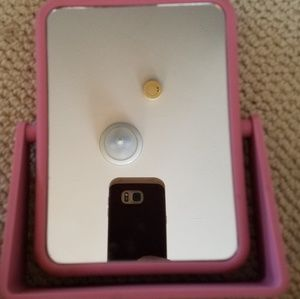 Danielle Creations 2 Sided Mirror Pink